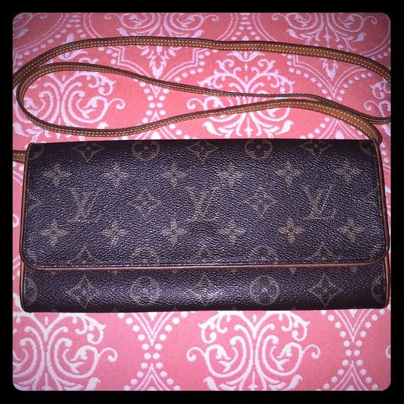 Louis Vuitton Handbags - Louis Vuitton Monogram Twin Pochette GM